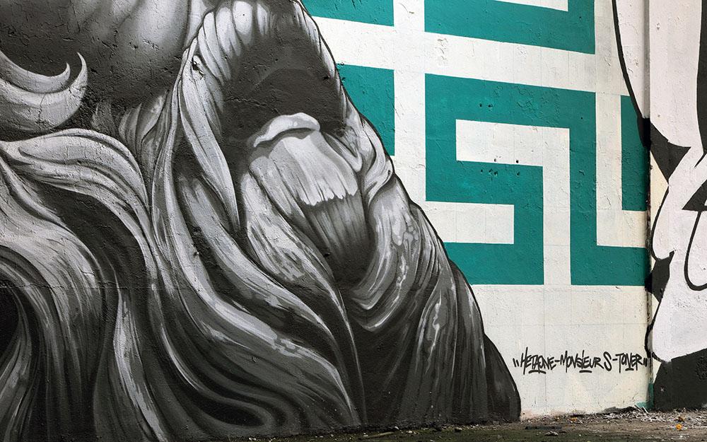 Zeus-detail-1